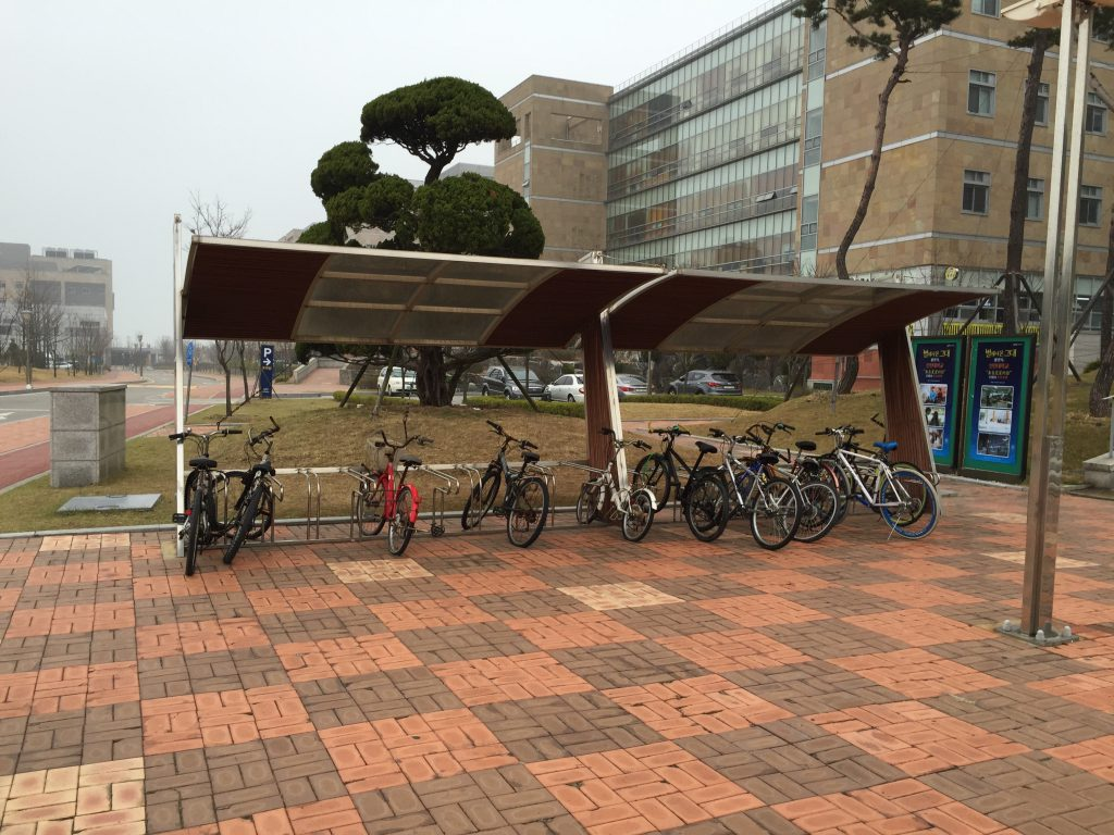 仁川大学の駐輪場